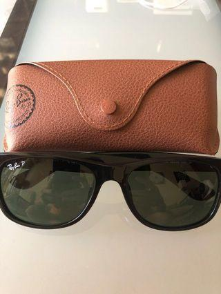 🚚 Authentic Ray-Ban®️Ladies New Wayfarer Eye Shades