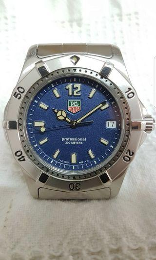 Tag Heuer Classic 2000 Quartz Blue, black and silver dials available (brand new old stock)