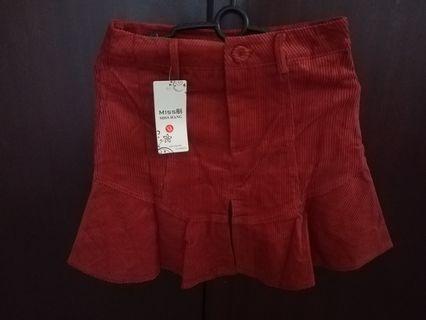 Ribbed flounce mini skirt
