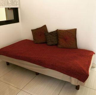 Wooden Cushion Daybed 78x38x16 inch