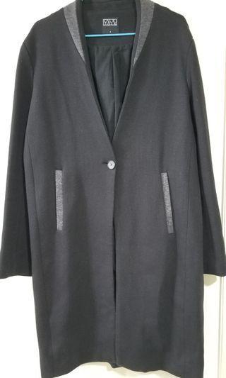 黑色長外套 | Top Coat