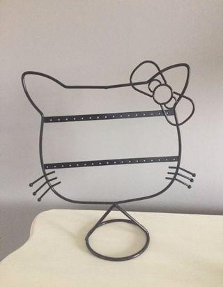 Hello kitty earring holder