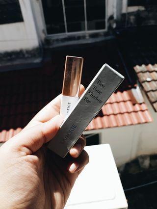 Two Tone Shadow Bar