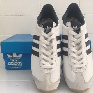 Adidas Originals Country OG White/Navy Size 5 uk