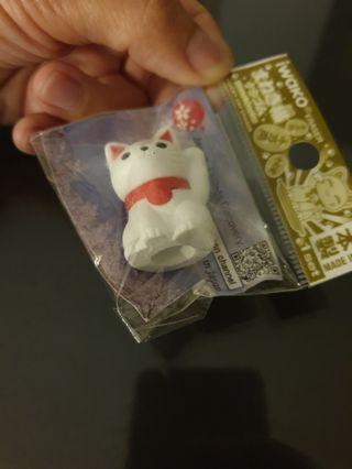 Japan lucky cat pencil top/ figurine