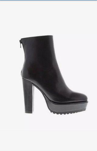 TONY BIANCO Monti Boots 6.5