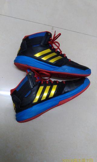 🚚 Adidas 籃球鞋(rose) 90%new size 10