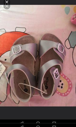 🚚 Brand new boy sandals fox brand.