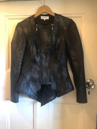August Blazer Bamboo size 6 fitted crop jacket 🌿💕