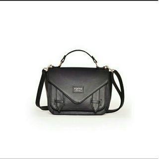Sling Bag kasual black