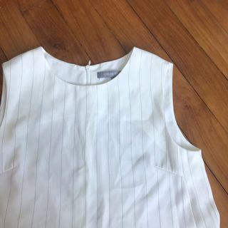 🚚 Urban Revivo White Pinstripe Swing Dress