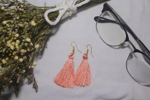 PINK TASSEL EARRINGS V1