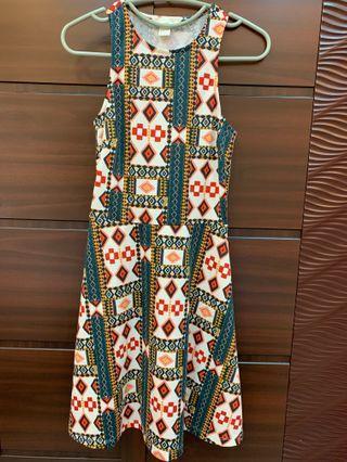 H&M 圖騰歐美風小洋裝