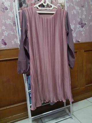 Dress Plisket Dusty Pink