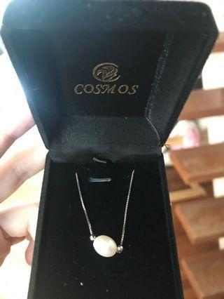 🚚 Cosmos pearl necklace