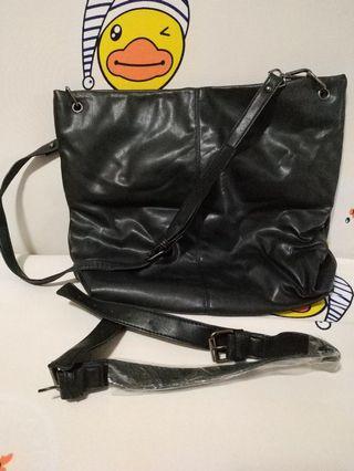 黑色軟皮双帶袋