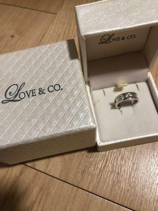 🚚 Love & Co Ring