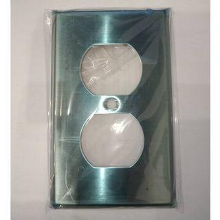 美國 COOPER 93101 單聯雙插圓孔蓋板 面板 白鐵 不銹鋼 DUPLEX HUBBELL SS8 同款