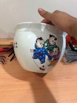 🚚 Diameter 26cm Clay pot very nice for sales