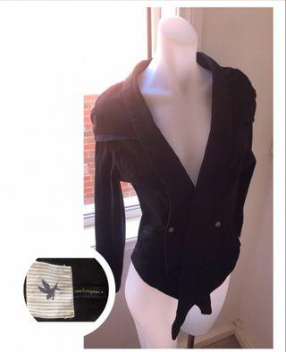 Size 6: 'One teaspoon' Black jackey