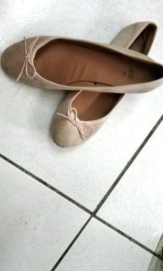 HM平底鞋36號