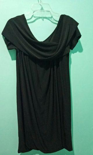 Dress pesta merk arithalia