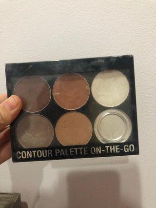 Contour Palette on the go