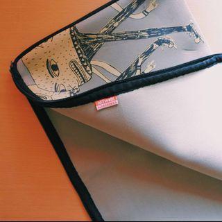 "Artwork 14"" Laptop Zipper Sleeve"