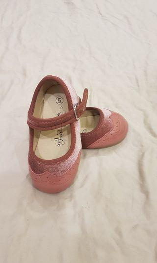Manhattan mary jane shoes in pink