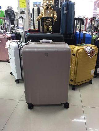 阿豪 日本Echolac 經典款式 24寸 鋁框行李箱