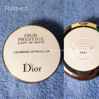 DIOR Prestige Light in White Mineral UV Protector Blemish Balm Compact
