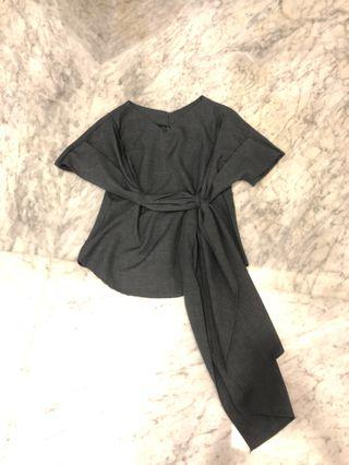 grey wraping top with bow