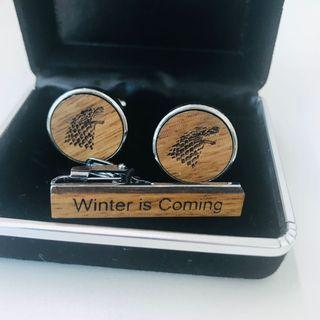 Games of thrones cuff links and tie pin