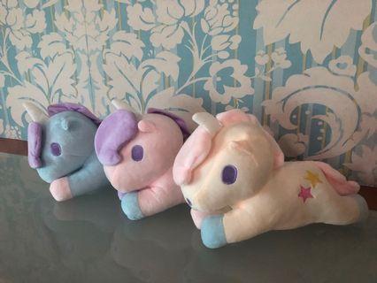 🚚 Unicorn toy bundle set!