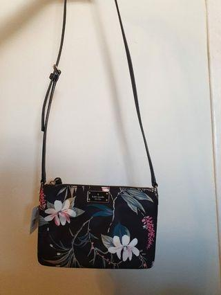🚚 Kate Spade Nylon Spring Collection Sling Bag