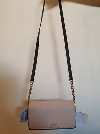 🚚 Authentic Kate Spade Wallet on Chain
