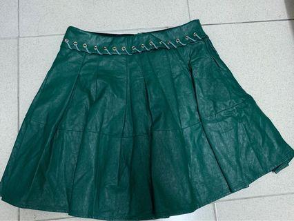 🚚 绿色的裙子( 皮革 )