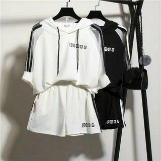 🚚 兩件式休閒運動服/白