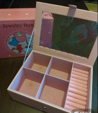 Little twin star 首飾盒