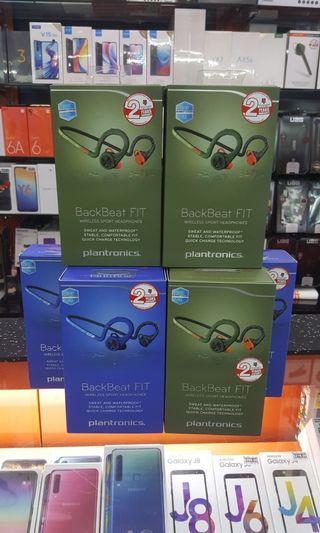 🚚 Plantronics Backbeat Fit wireless sport headphones