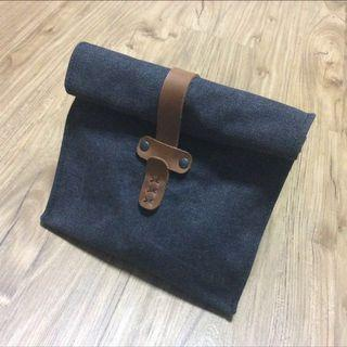 🚚 Canvas & Leather Lunch Bag