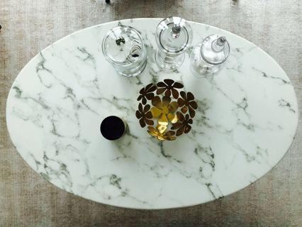 Ovale Marble Coffee Table
