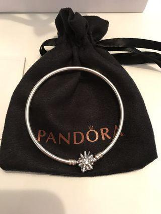 Genuine Pandora Snowflake Bangle