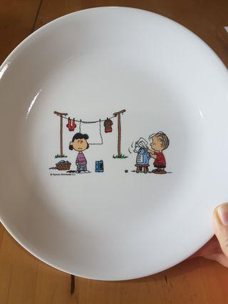 Corelle Luncheon plate snoopy design