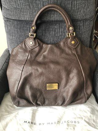Marc by Marc Jacobs preloved leather handbag