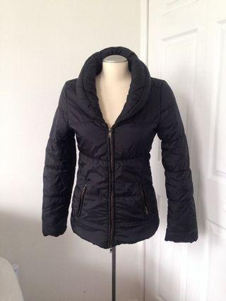 Black puffy jacket