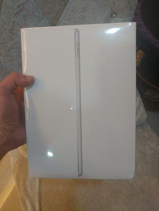 Brand New Sealed iPad (6th Gen, 2018, 32GB, WiFi Only)