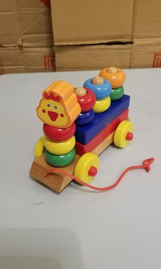 木製小火車玩具