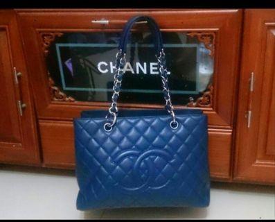 Chanel銀鍊荔枝藍