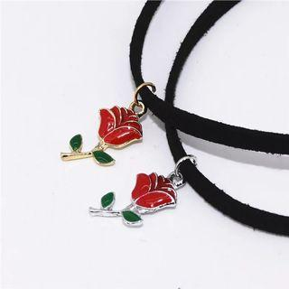 🚚 Rose Choker Necklace